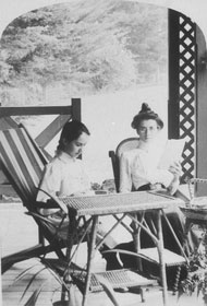 Miss Gouley and Agnes Bruxner at 'Sandilands' station
