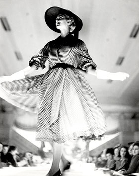 Carmen Dell'Orefice, David Jones' American Fashion Parade, August 1950, photograph by Geoffrey Lee